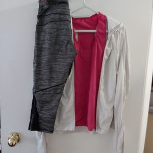 💥FREE WITH PURCHASE Active wear outfit lot
